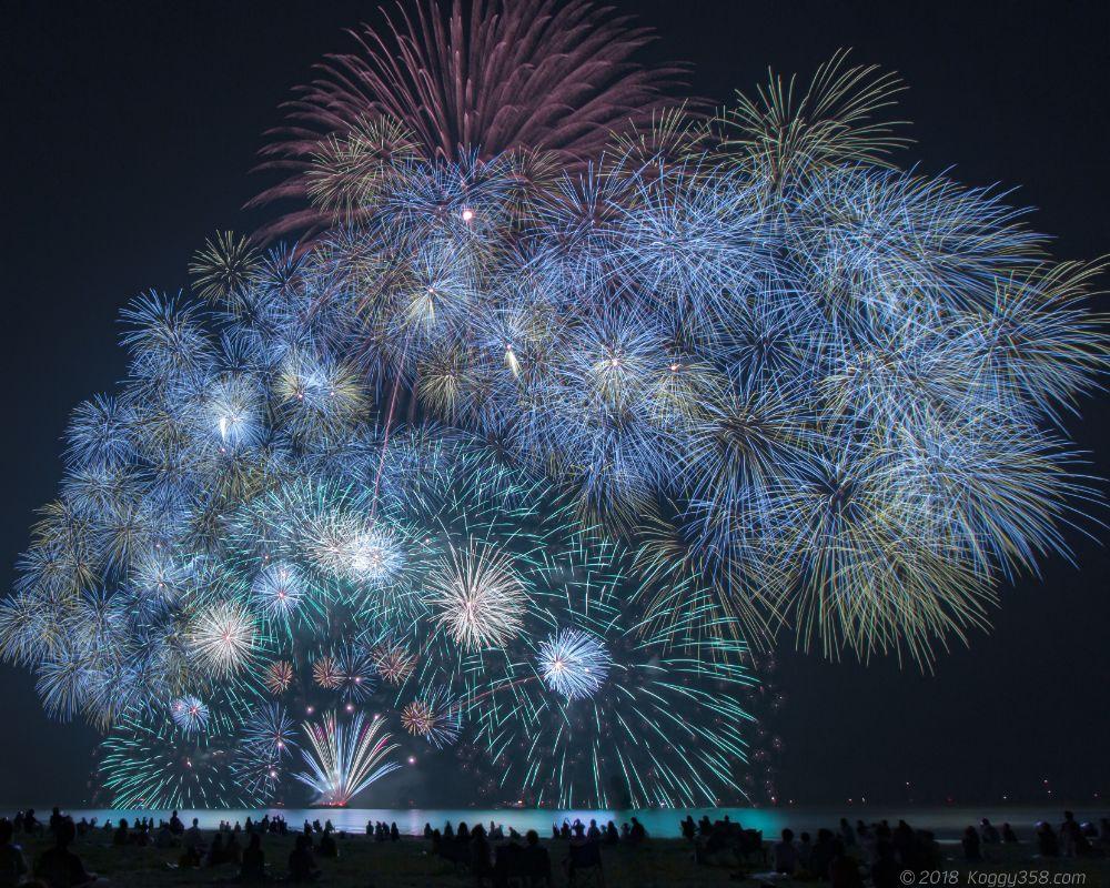 津花火大会を阿漕浦海岸で撮影!アクセスと混み具合の情報もあるよ!