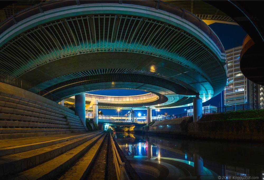 黒川インター(出入口)でリフレクションやレーザー光跡の夜景を撮影!