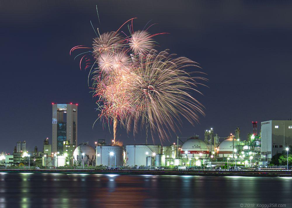 四日市花火大会を撮影!工場夜景と花火が一緒に撮れる穴場花火!